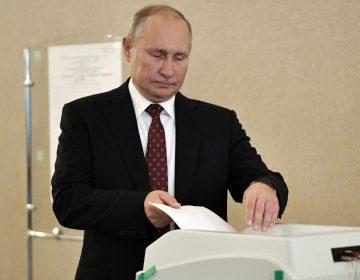 El partido de Putin pierde escaños en elecciones locales en Rusia