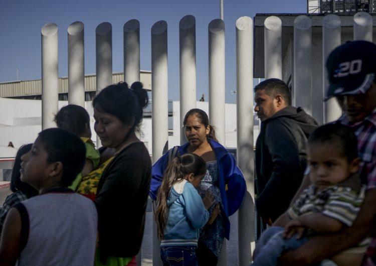 Honduras recibirá a migrantes, después de firmar un acuerdo con Estados Unidos