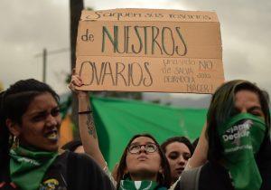 Congreso de Ecuador vota en contra de la despenalización del aborto en casos de violación