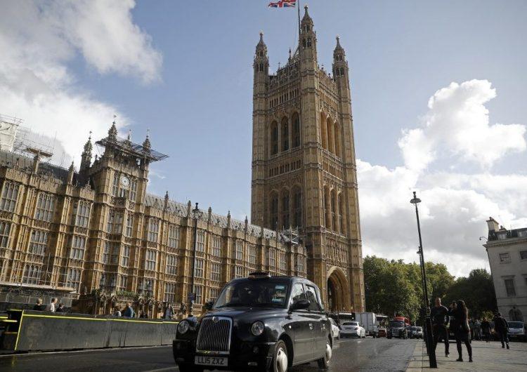 """Suspensión del parlamento por Boris Johnson fue """"ilegal"""", decide Corte Suprema"""