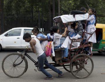 Dos niños fueron golpeados hasta la muerte por defecar en público en India