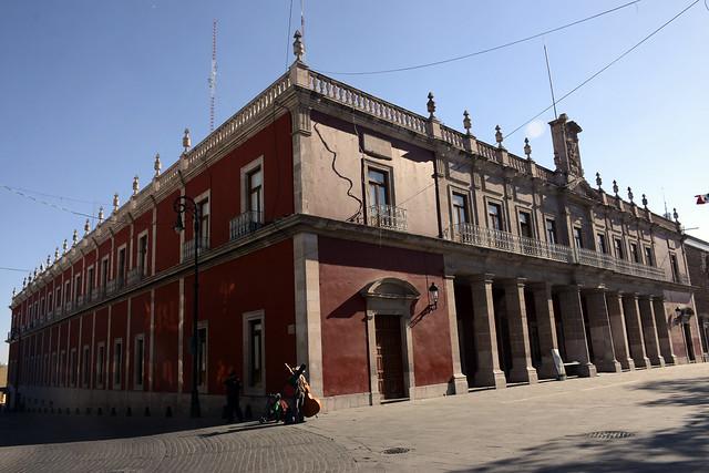 Secretarios de Finanzas y del Ayuntamiento podrían repetir en Aguascalientes