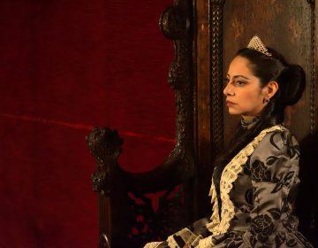Carlota, prisionera de su amor y de su locura