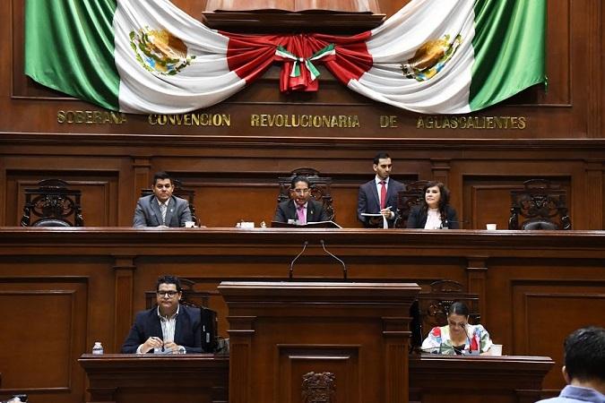 Aprueban reformas para implementar modelo dual en escuelas de Aguascalientes