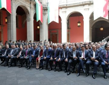 Asiste gobernador de Aguascalientes a informe de AMLO