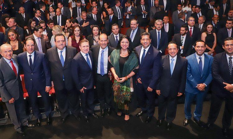 Presentó gobernador de Aguascalientes su tercer informe de gobierno
