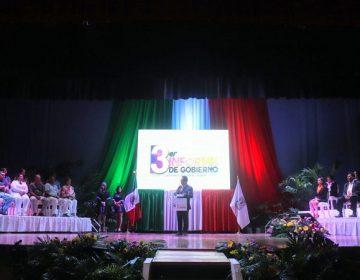 Rindió Temo Escobedo su tercer informe de gobierno en Pabellón de Arteaga