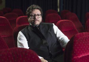 """El escritor Santiago Gamboa muestra a Colombia desde la violencia en su nueva novela """"Será larga la noche"""""""