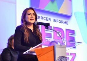 Rindió Tere Jiménez su tercer informe de gobierno