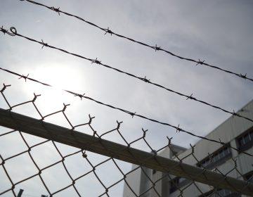 Endurecen sanciones contra el ingreso de drogas y teléfonos a CERESOS