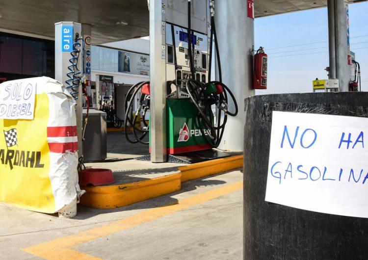 Gasolineros acusan desabasto de combustible en Puebla