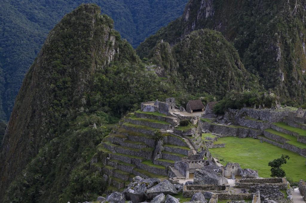 Peru Y Corea Del Sur Firman Contrato Para Construir Aeropuerto En Cusco