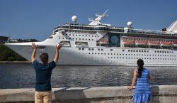 Una mujer es vetada de un crucero después de tomarse…