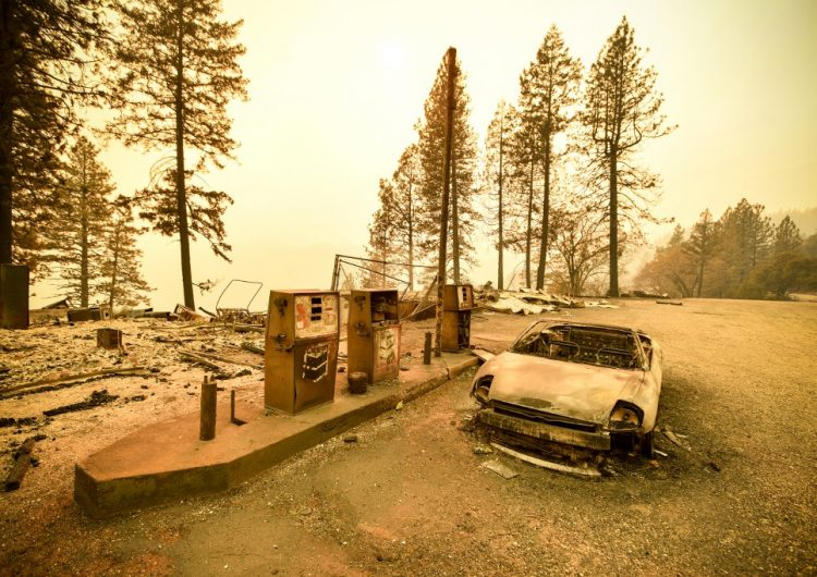Suspenden servicio de luz eléctrica en California para prevenir incendios forestales