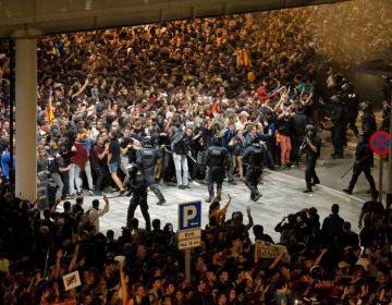 Altercados en Cataluña ante duras sentencias para líderes independentistas