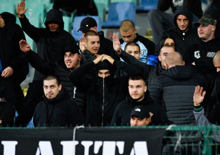 Renuncia el presidente de Federación búlgara de futbol tras gritos y gestos racistas en partido