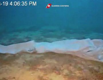 Los cuerpos de una mujer y un bebé fueron hallados en Italia después del naufragio de un barco de migrantes