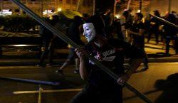 El presidente catalán, Quim Torra condena la violencia durante el…