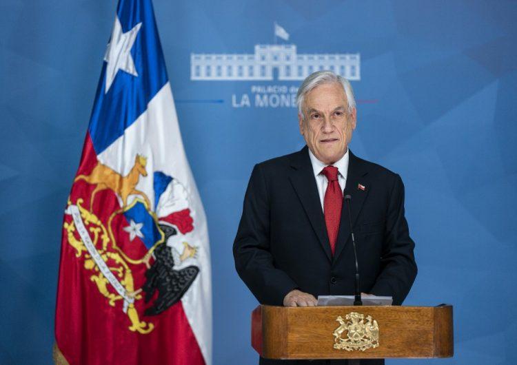 """Sebastian Piñera reconoce """"falta de visión"""" y pide perdón a chilenos, después de cinco días de protestas"""