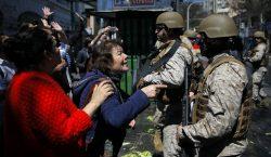 Chile vive su tercer día consecutivo con toque de queda;…