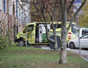 Un hombre armado roba una ambulancia y atropella a varias personas en Noruega