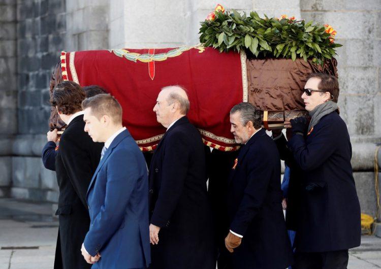 España exhume los restos de Franco entre evocaciones a la dictadura
