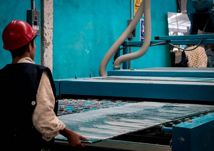 Sin condiciones laborales dignas, 72% de trabajadores aguascalentenses: ONG