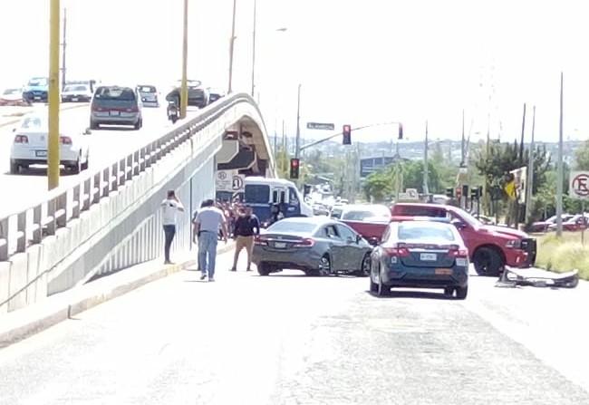 Detienen a tres presuntos asalta cuentahabientes tras persecución en Aguascalientes