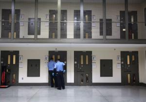 Cubano en busca de asilo muere en prisión de Estados Unidos en aparente suicidio
