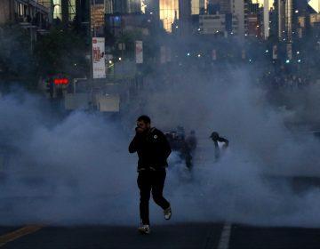 Aumentan a 15 los fallecidos por las protestas en Chile
