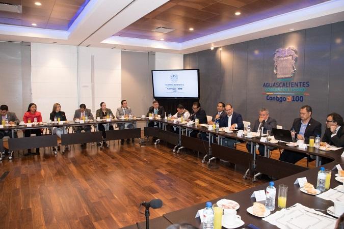 Se reúnen diputados y gobernador para definir paquete económico estatal 2020