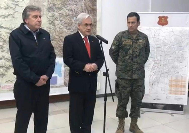 """""""Estamos en guerra"""", dice el presidente Piñera en tercer día de disturbios en Chile"""