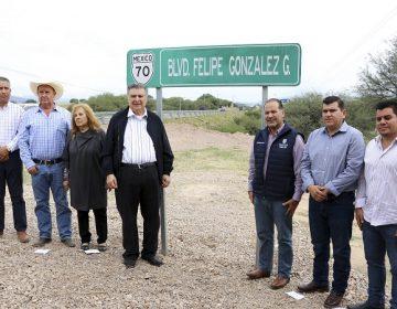 Asignan nombre de ex gobernador a boulevard de Calvillo