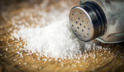 ¿Sal, colorantes, emulsionantes? Mejor redúcelos en tu dieta