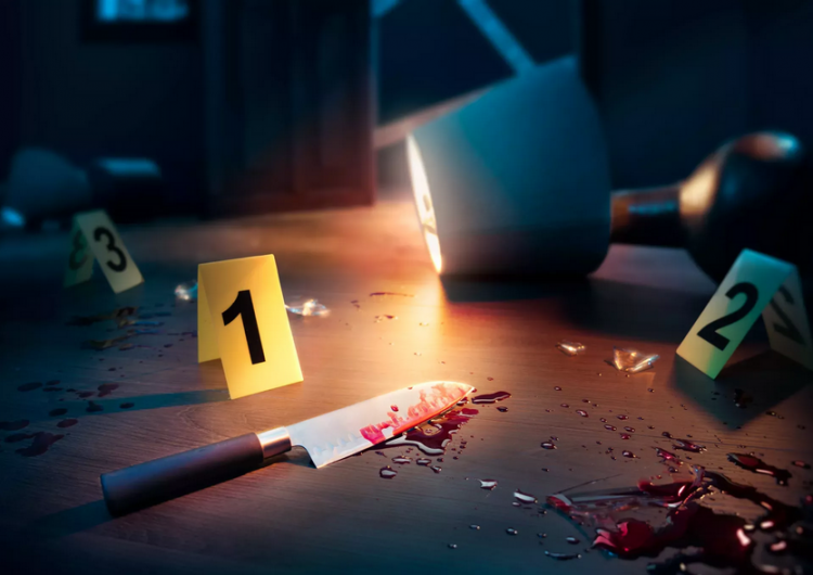 Víctima de apuñalamiento saca el cuchillo de su abdomen para matar a su atacante