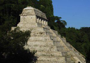 Google y el Museo Británico de Londres reconstruyen la escalinata delPalacio de Palenque de la cultura maya