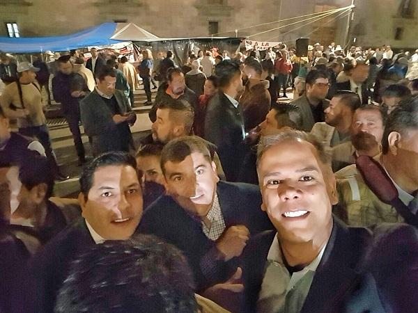 Se suma alcalde de Jesús María a manifestación nacional de presidentes municipales