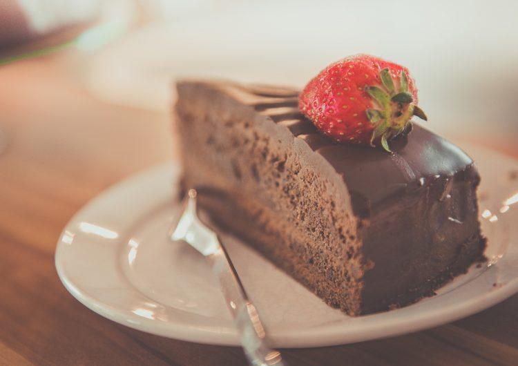 13 asistentes a un funeral se intoxican por comer pastel con hachís