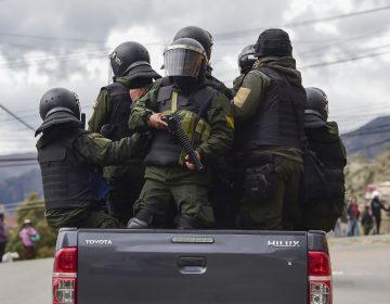 Las Fuerzas Armadas y la policía operan en conjunto para contener la violencia en Bolivia