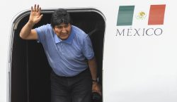 Aterriza Evo Morales en México luego de un complicado trayecto…