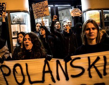 Mujeres protestan en el estreno del último filme de Roman Polanski por acusaciones de abuso sexual