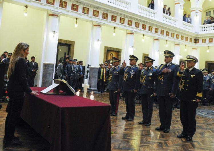 ¿Quiénes son los primeros 11 ministros del gobierno interino de Jeanine Áñez?