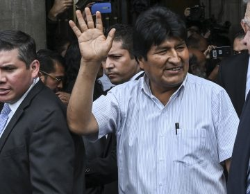 Bolivia reclamará a México por actividades políticas del asilado Morales