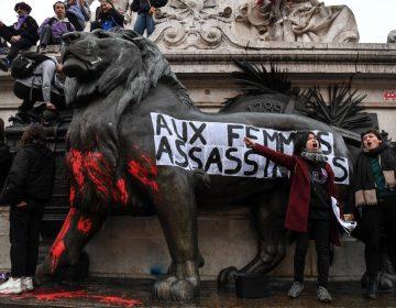 """""""Justicia cómplice"""": Protestas en Francia contra feminicidios y la violencia de género"""