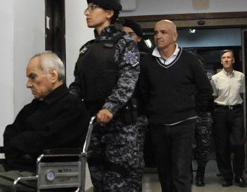 Dan 42 y 45 años de cárcel a curas que violaron a niños sordos en Argentina