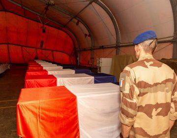 Estado Islámico se adjudica la colisión entre helicópteros franceses donde murieron 13 soldados