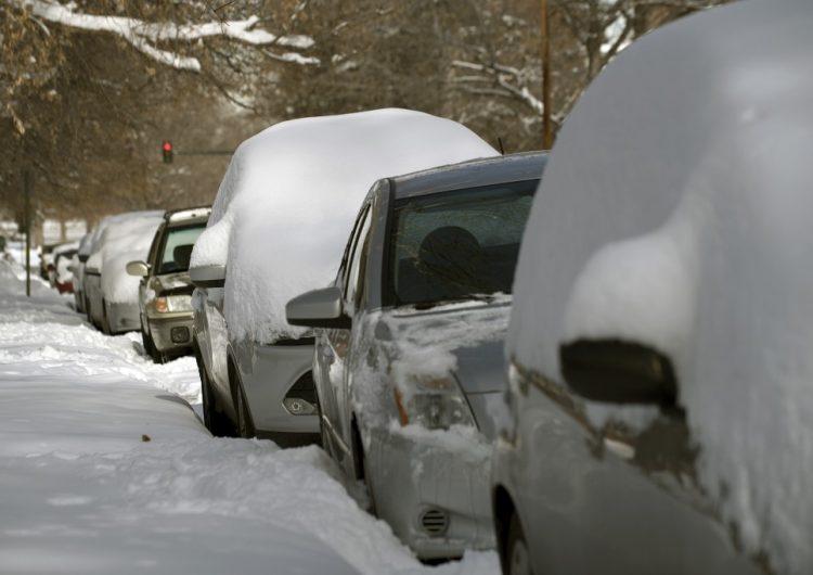 En fotos: nevadas y vientos huracanados paralizan zonas de Estados Unidos