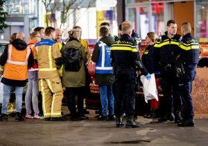Tres personas resultaron heridos por ataque con cuchillo en una zona comercial de La Haya