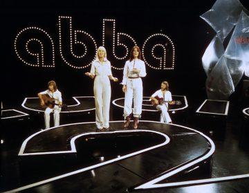¿Por qué nos gusta tanto la música pop? La ciencia descubre los secretos de sus acordes