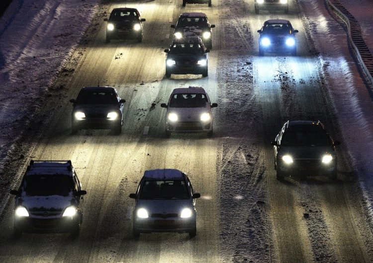 Gobierno holandés reduce los límites de velocidad como medida contra el cambio climático